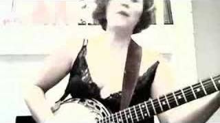 Izzy Cox Live : bad bad woman