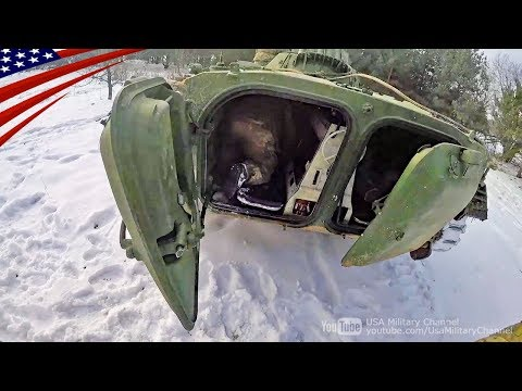 BMP-1歩兵戦闘車のすごく窮屈な車内座席