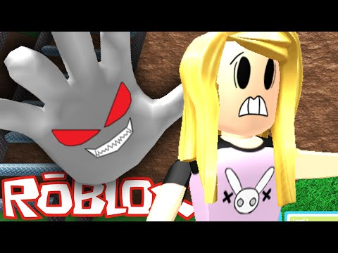 Roblox | Death Run | Running From The Evil Hand!