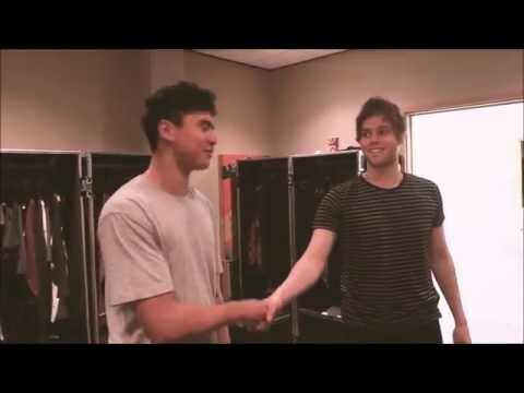 [HD] Cake 5SOS Moments -1-