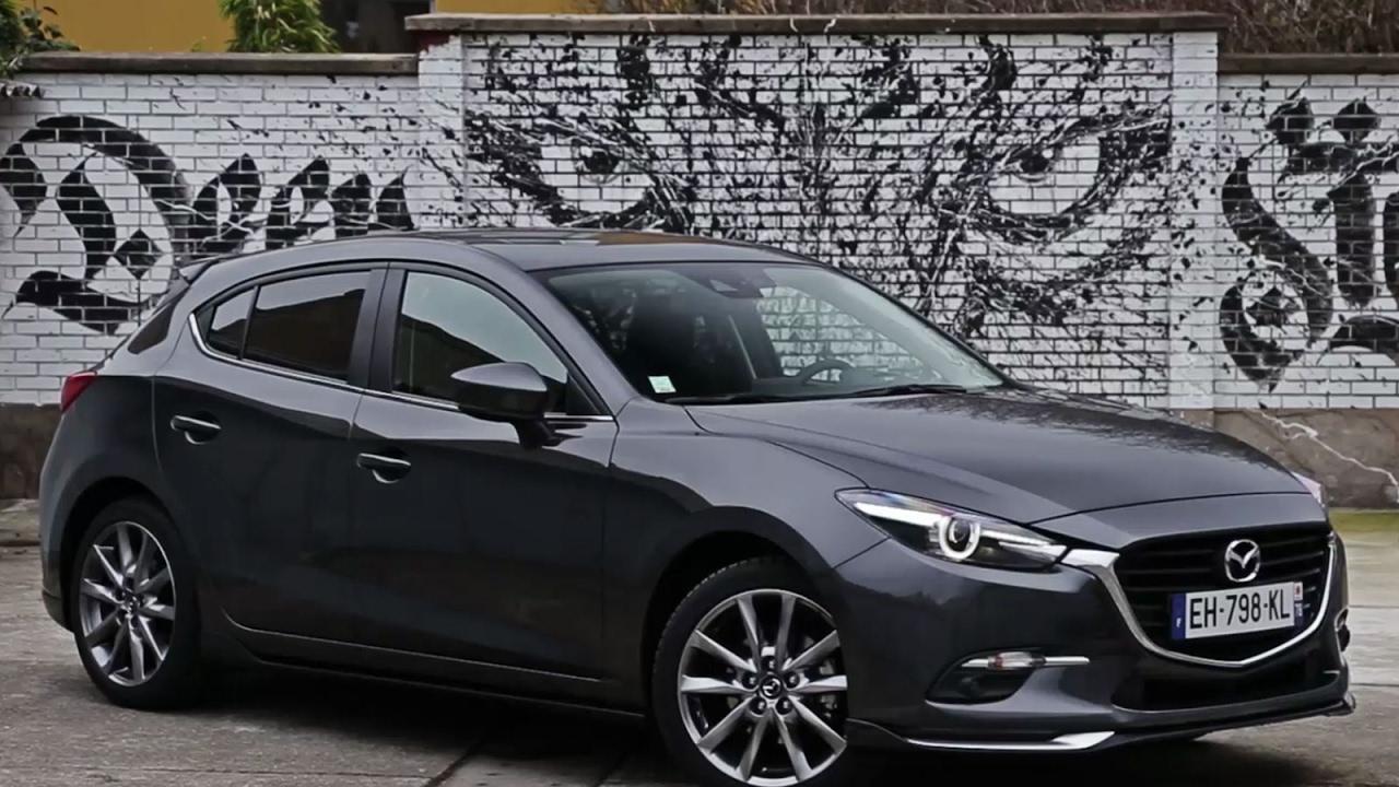 Essai Mazda3 2.0 SkyActiv-G 165 Implusion 2017 - YouTube