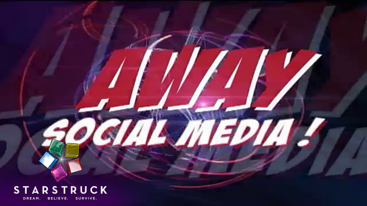 StarStruck: Away Social Media