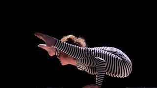 1MMI Extra: Zebra suit contortion
