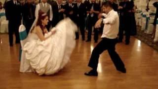Jesus Zaragoza dancing