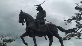 2011年7月19日仙台市にて撮影。仙台の街を見下ろす伊達政宗公は震災から...