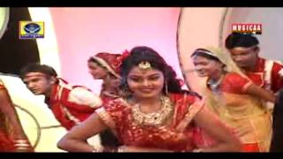 Download Hindi Video Songs - Chundadi Vale Re Maa Ambe Chundadi Vali Re By Farida Mir Gujarati Garba Songs Non Stop 2016 New Dj