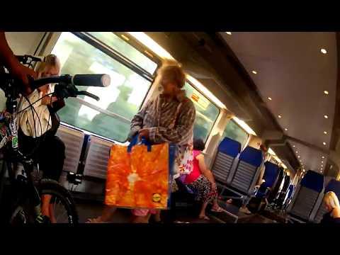 Verrückte Oma im Zug | CNC