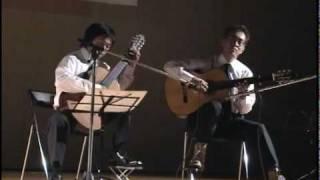 山弦は高松出身の小倉さんと、最近松たか子さんと結婚した佐橋さんのギ...