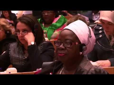 [Emouvant] Des villageois du Niger qui voit pour la première fois un Musulman Blancde YouTube · Durée:  2 minutes 55 secondes