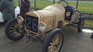 voitures anciennes collection Maisons Laffitte, location parking couvert