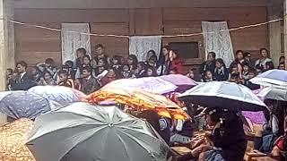 Pynhap pyrda u Bah Samlin Malngiang ia ka school week ha Lawmei secondary school