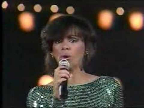 Marilyn McCoo sings Any Day Now, SOLID GOLD