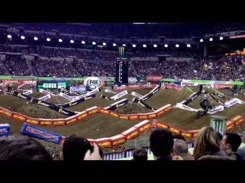 2014 Indianapolis AMA Supercross 450 Main Event Start With Crash At Lucas Oil Stadium