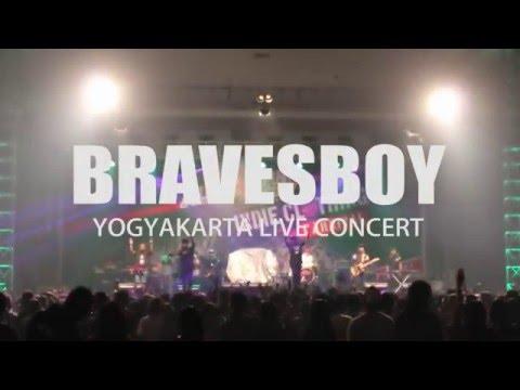 Bravesboy-Cinta Itu Asu (Live at SHOWCASE Yogyakarta 2016)