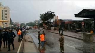 Видео Взрыв в Гане 4 июня 2015. Пожар на АЗС город Аккра. Взрыв в Африке. Более 100 жертв(Более 100 человек погибли от взрыва на АЗС в столице Ганы - Аккре, сообщает местное издание Ghana News. Люди на..., 2015-06-04T10:29:23.000Z)