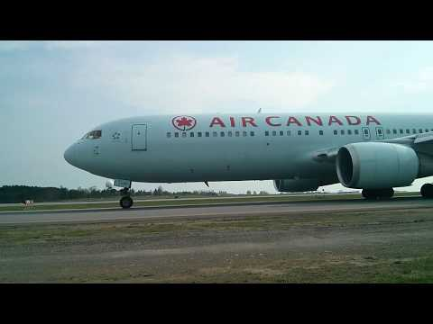 Take offs and landings at Ottawa Intl Macdonald Cartier Airport