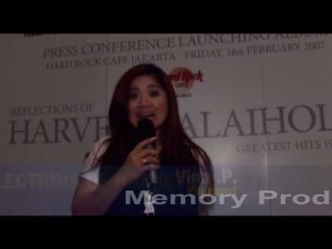 Vina Panduwinata,Gleen Fedly,Alyssa Subandono, Addie MS.Artis datang Launching album Harvey Maliholo