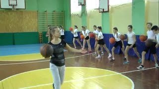 Урок физической культуры в 5 классе(, 2015-11-23T19:27:44.000Z)