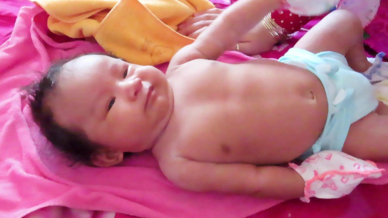 Mony Reach Cute Baby Video has Born 32 Day So Lovely