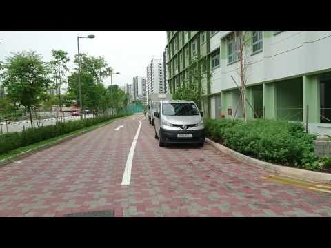 Singapore, Choa Chu Kang Avenue 5, walking around