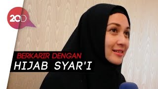 Video Lebih Tertutup, Dina Lorenza Masih Ingin Main Sinetron download MP3, 3GP, MP4, WEBM, AVI, FLV Agustus 2018