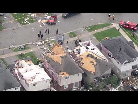 Aerial footage: Destruction in Barrie, Ont. after powerful neighbourhood hit by EF-2 tornado