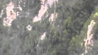 Прыжок с самой высокой в мире тарзанки