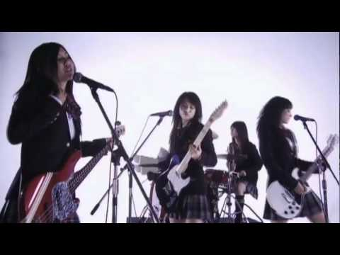 SCANDAL 「DOLL」 ‐Music Video