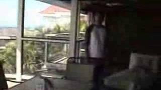 ハワイの不動産物件のオープンハウスをスタッフがビデオでとってきまし...