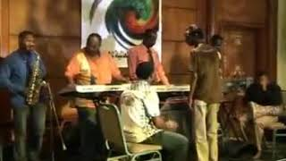 محمود عبد العزيز - ارجع تعال عود ليا - حفلة القاهرة 2008
