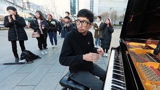 길거리 피아노 연주중 돌발상황 발생