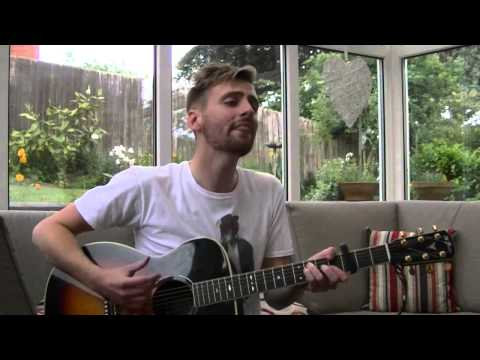 She Loves You (yeah...yeah...yeah) - The Beatles (Cover by Tom Houghton)