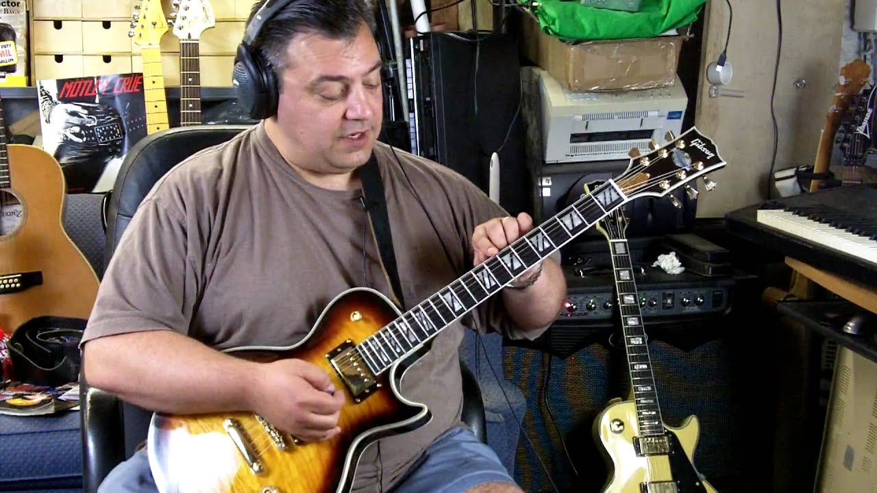 How To Spot A Fake Chinese Les Paul Supreme - YouTube