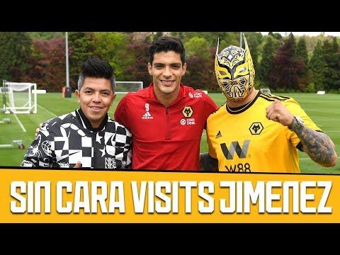 MEXICAN WWE SUPERSTAR SIN CARA VISITS RAUL JIMENEZ! (FT CLINICA DE FUTBOL)
