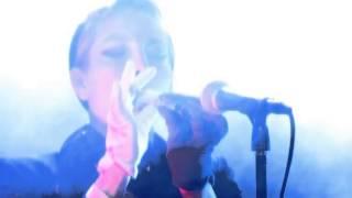 Jenny Wilson - Pyramids (Live @ Nyhetsmorgon)