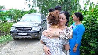 Cảm động Cha Mẹ khóc nức nở khi con gái lấy chồng