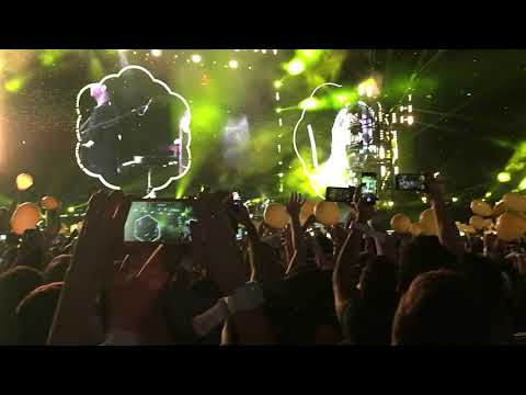 COLDPLAY LIVE IN PORTO ALEGRE 2017 - Medley Best Moments (Melhores Momentos)