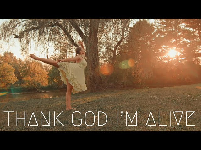 Manic Drive - Thank God I am Alive (Lyric Video Feat. Sarah Ashley Hunt)