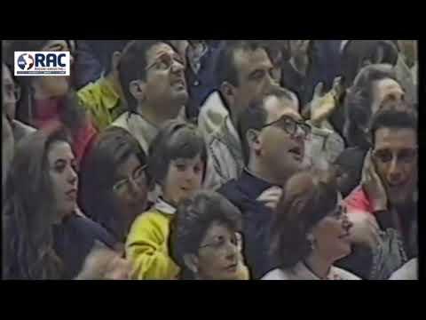 Promessi sposi in Camion, il singolare corteo nuziale in provincia di Cosenza from YouTube · Duration:  1 minutes 18 seconds