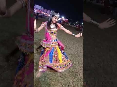 Char Bangdi Vadi Gadi | Gujarati No.1 Song 2017