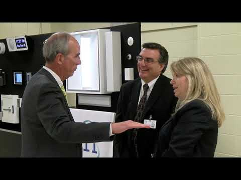 Mayor Visits Davidson