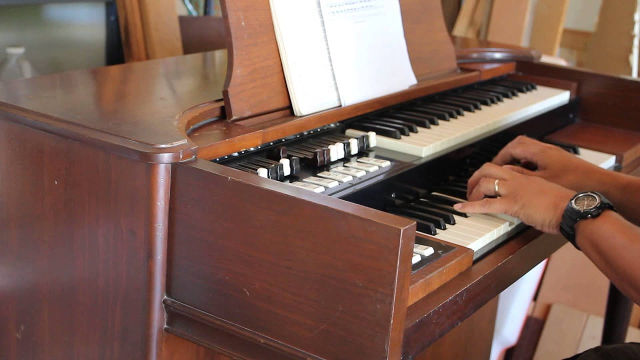 How to Find Out How Old My Hammond Organ Is