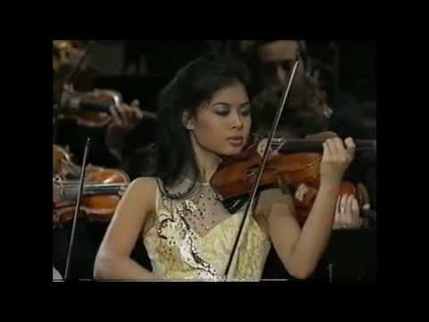 Vanessa Mae at Berlin Philharmonie - my favorite parts