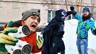 Мы расставили скрытые камеры, но у Прыгуна и Сумасшедшего состоялась битва!