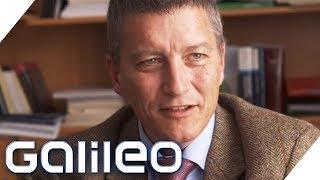 Denkst du an die Opfer? 10 Fragen an einen Gerichtspsychiater | Galileo | ProSieben