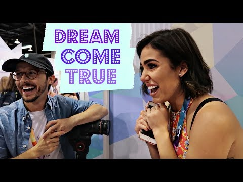CRYING AT VIDCON!!! | VIDCON VLOGS 2017