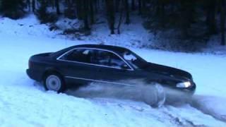 Audi A8 4.2 op de bergen lkkr driften Made By Uzun.
