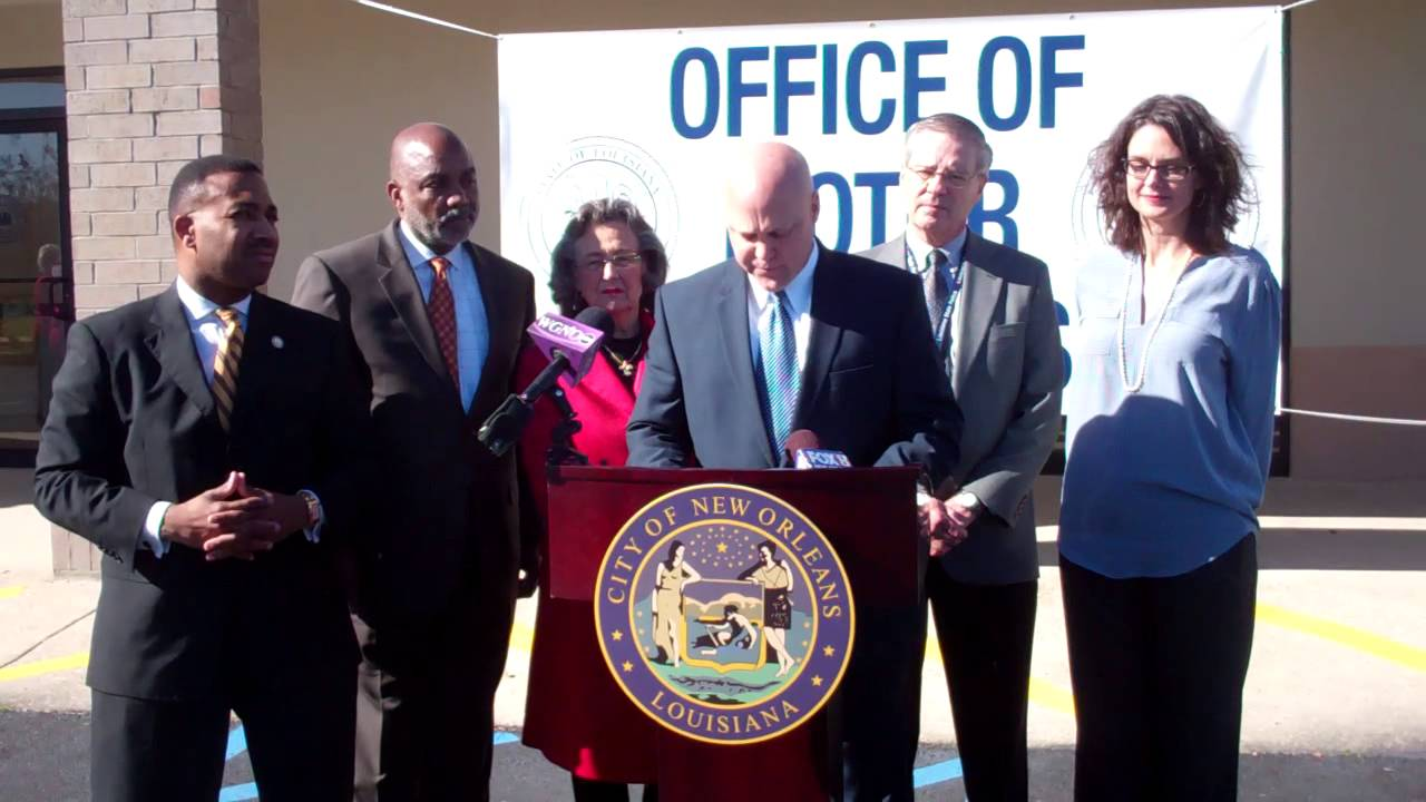 Mayor Landrieu celebrates opening of Office of Motor Vehicles in New Orleans East