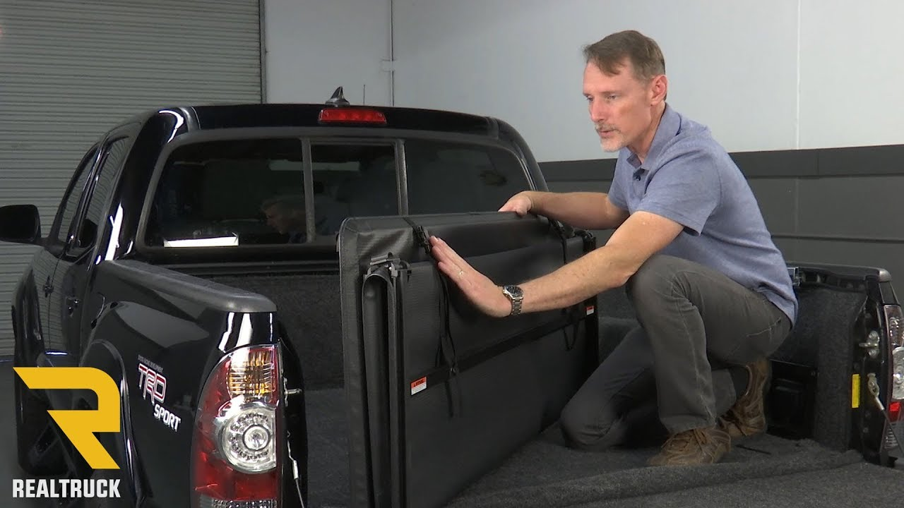 How To Install Gator Tri Fold Tonneau Cover On A 2013 Toyota Tacoma Youtube