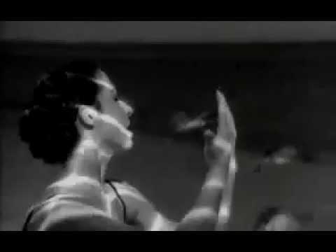 Gloria Estefan - Reach Official Music Video